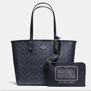 NWT COACH Reversible City Tote